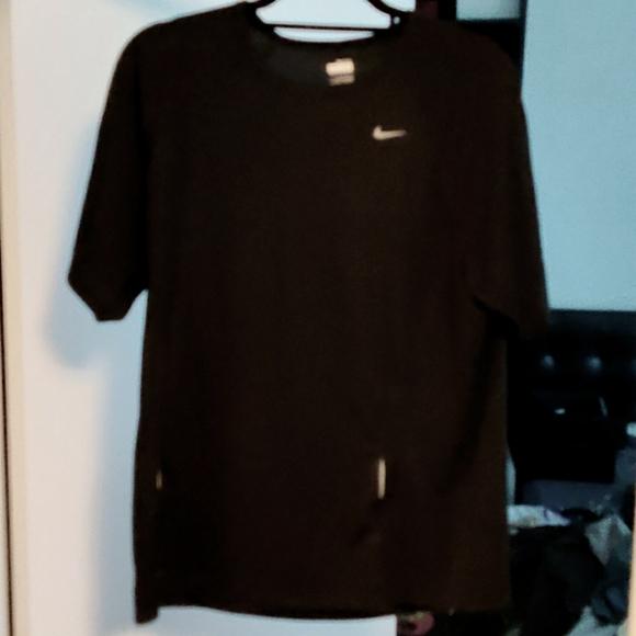 Nike Fit Dry Black Short Sleeve L